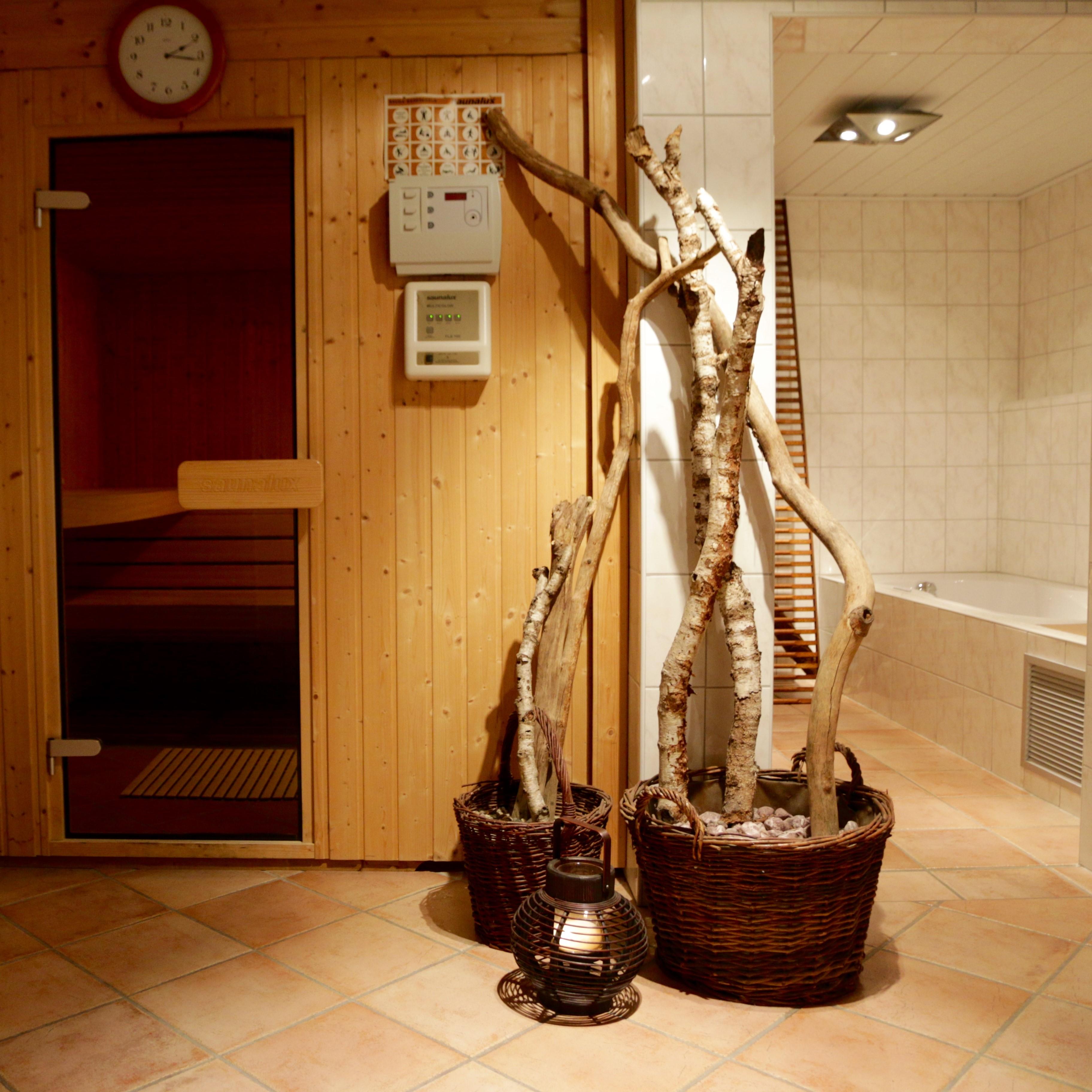 Entdecken Sie unsere hauseigene Sauna, kommen Sie zur Ruhe und tanken sie neue Kraft.
